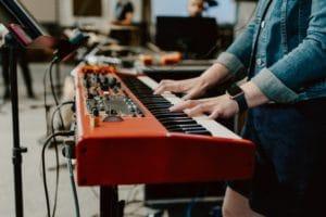 E-Piano kaufen – worauf achten | Komplett-Ratgeber 2021