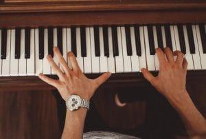 Akkorde auf dem Piano: Wie geht das?